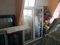 balkonové dveře, 160x215, 2kř., klika 1str.